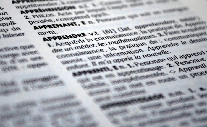 dictionary-613910_1280