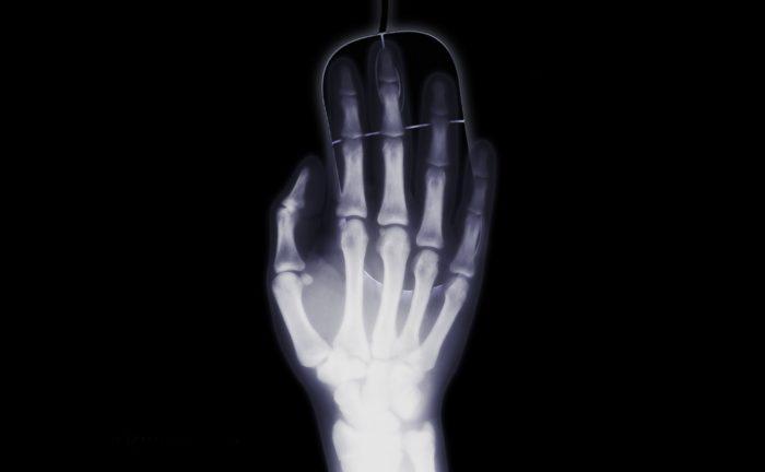 hand-1366938_1280