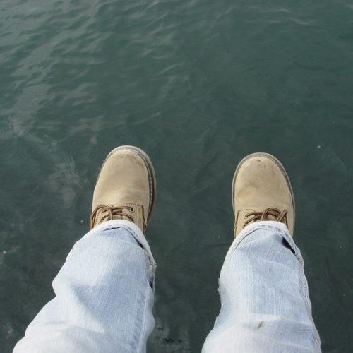 suicide-on-the-sea-1518098